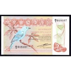 Суринам 2 1/2 гульдена 1973 г. (SURINAME 2½ Gulden 1973) P118а:Unc